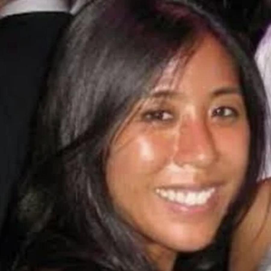 """<b><font size=""""+1"""">Jenny Wong</font></b><br>Advisor at AWS"""