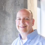 "<b><font size=""+1"">Glenn Winokur</font></b><br>Managing Director at Healthbox"