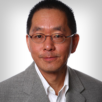 """<b><font size=""""+1"""">Philbert Chen</font></b><br>Physician at Carle"""