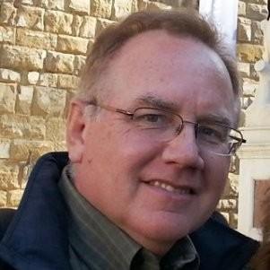 "<b><font size=""+1"">Tom Parkinson</font></b><br>Senior Director at Illinois Ventures"