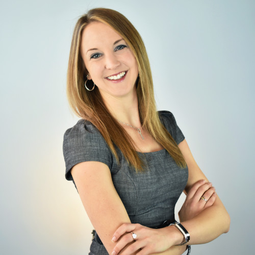 """<b><font size=""""+1"""">Ashley Whitney</font></b><br> Manager at Tiesta Tea Company"""